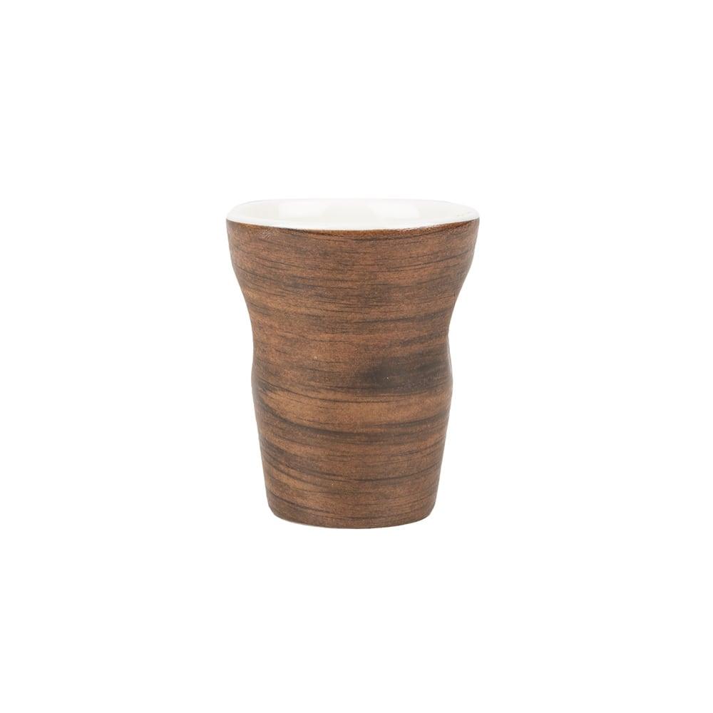Taza de espresso con efecto madera
